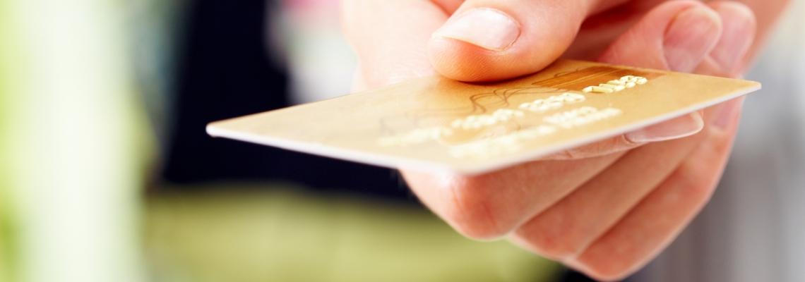 Как оформить кредитную карту Билайн