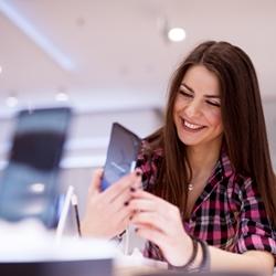 Как взять телефон в кредит в Связном